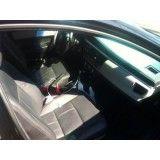 Onde achar locação de carro executivo na Petropolis