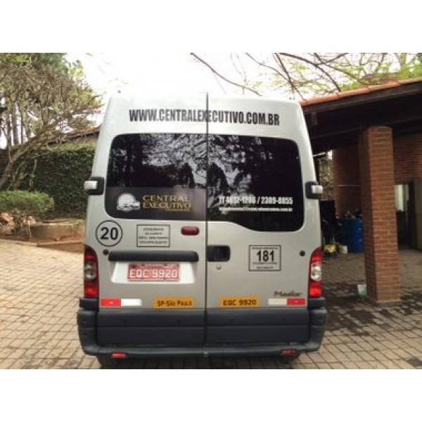 Vans para Alugar com Motorista no Bairro Jardim - Empresas de Vans